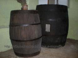 Antiguos toneles de vino